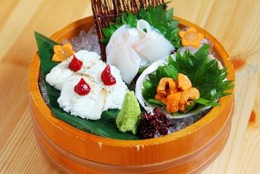四季折々の新鮮魚介に舌鼓『本日のお造り3種盛り』