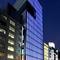 銀座中央通りに面したビルの10階、便利な絶好のアクセスも魅力