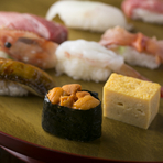 伝統の味と新感覚の創作寿司。どちらも違った魅力があります