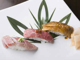 『炙り寿司』には寿司の魚だけでなく、仙台牛も使います