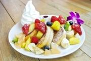 フィンランド語の「パリオン」は「たくさん」という意味で、フルーツがたっぷりと盛り付けられてます。