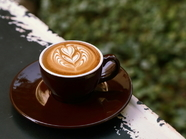 フリーポア・ラテアートの美しさも楽しめる『カフェラテ』