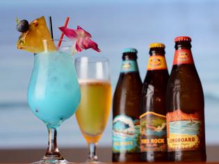 ハワイアン気分満悦『コナビール』をはじめ各種ドリンクを提供