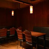 大きめの椅子が心地よい、ゆったりとした雰囲気が流れる店内