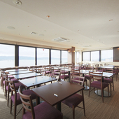 老若男女問わず楽しめるお料理を、松江の絶景とともに。