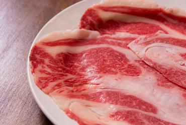 ◆鹿児島黒豚(六白豚)・北海道産白豚食べ飲み放題コース(120分)
