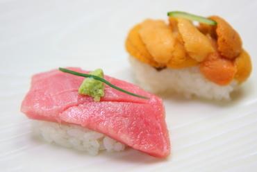 旬の味わいと新鮮さをたっぷりと堪能できる『握り寿司』