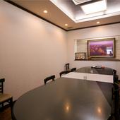 プライベート重視の半個室や完全個室も完備