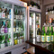お酒に詳しい店主が揃えた、全国各地の日本酒の数々