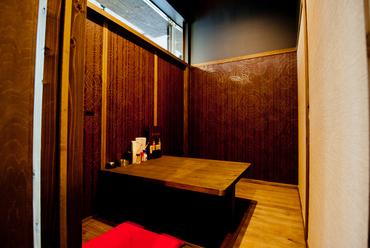 二人席の個室が完備されているので、デートにもぴったり