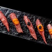 平井牛のいろいろな部位を食べ比べることが出来るお得な盛合せ。(各種2カット)