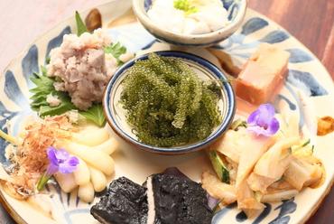沖縄の味を少しずつチョイス『前菜盛合せ』