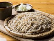 触感と風味を味わえる二八蕎麦です『信州手打ちざる蕎麦』