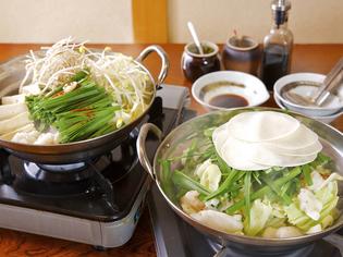 鶏がらベースの水炊き風『博多モツ鍋』、通販もできるまでに研究