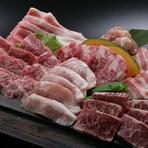 お得感がいっぱい。色々なお肉を楽しめる富士山盛