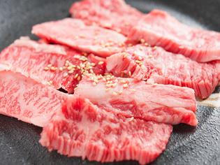 国産牛肉のおいしさを、お手頃な価格で楽しめる『よしのカルビ』