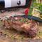 最高ランクを意味するベジョータを漫喫できる『イベリコ豚ベジョータ 肩ロース炭火ステーキ』