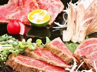 食材のよさが味の決め手になる『国産牛のたたき』