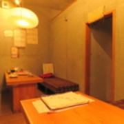 2階の落ち着いた隠れ家風個室。
