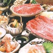 近江牛陶板焼き・刺身・焼き野菜・季節の煮物・和え物・炊き込みご飯・季節の土瓶蒸し・デザート