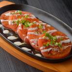トマトの美味しさを再認識できる『鉄板トマト』