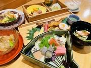 金目鯛朴葉焼き、天ぷら、季節の惣菜等