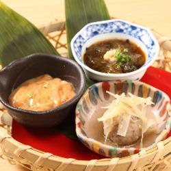生ビール、季節の小鉢3種盛り、旬鮮魚刺身5種盛りのセットメニュー