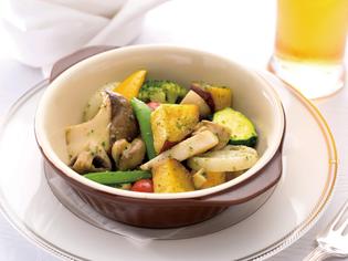 『旬の野菜の取り合わせ ブルギニョン風バター』