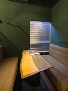 オシャレなソファー席の個室も完備されています