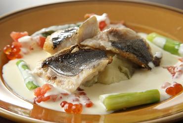 近海白身魚のポアレ