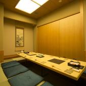 大切な人のもてなしにも利用できる床の間のある本格的な個室