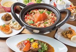 旬の新鮮野菜をさまざまな料理スタイルで楽しめる