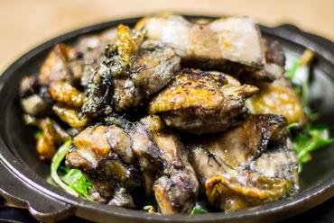 黒さつま鶏の炭炙り焼
