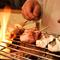 炭の香りが食材に移る炭火焼は、外は香ばしく身はふっくら