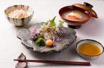 蟹、海老尽くしの料理が楽しめる『おまかせコース』