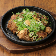 日本三大地鶏の鶏肉を使用!大山鶏、さつま肉鶏、大和肉鶏など