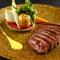 センスが光るオリジナルの馬肉創作料理