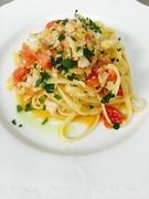 ヴィアレッジョ地方の漁師風パスタ 淡白な白身魚とフレッシュトマト・レモン風味のアクセントが効いてます