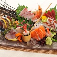 厳選鮮魚の刺身盛り合わせ(3種盛り、5種盛り)