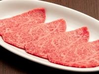 ほどける肉繊維、降り注ぐ肉汁のシャワー