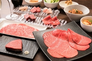 国産A5黒毛和牛の中でも最高級とされるお肉のみ取り扱うこだわり