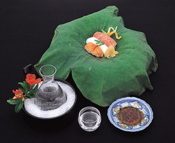 京料理と握り寿司を組み合わせた贅沢な懐石料理です。