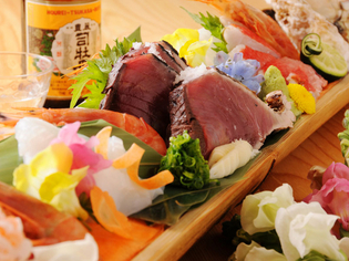 四季折々の旬の食材をお楽しみください。