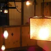 店内の様々な場所に、やさしい光が照らされています