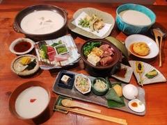 とうふ家の豪華ご宴会コースで歓送迎会はどうですか?豪華お料理と飲み放題で楽しい時間をお過ごし下さい。