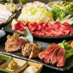 2色の出汁で楽しむ豚&牛タンWしゃぶしゃぶと話題沸騰の『60cm』のロングユッケ寿司付き贅沢コースです!
