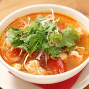 トマトの酸味がアクセントのさっぱりスープ。