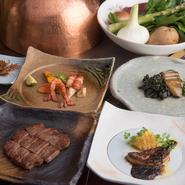 前菜と、フォアグラorエスカルゴを選び、海鮮は旬の食材から2品選ぶことが出来る贅沢なコースです。