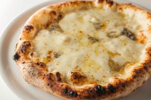 チーズのコクが決め手の『クアットロ・フォルマッジ』