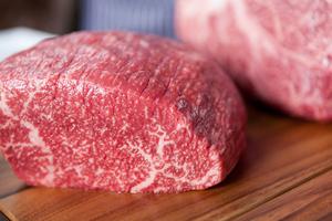 京の肉(京都産黒毛和牛)カットステーキ